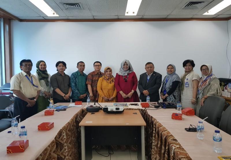 Penandatanganan kerjasama antara STIE Y.A.I Jakarta dengan STIBA INVADA Cirebon
