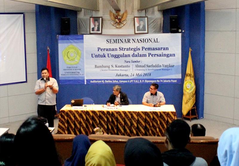 """Seminar Nasional """"Peran Strategis Pemasaran untuk Unggul dalam Persaingan"""" di Kampus UPI Y.A.I"""