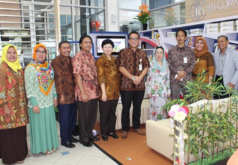 Talkshow & Peresmian BI Corner