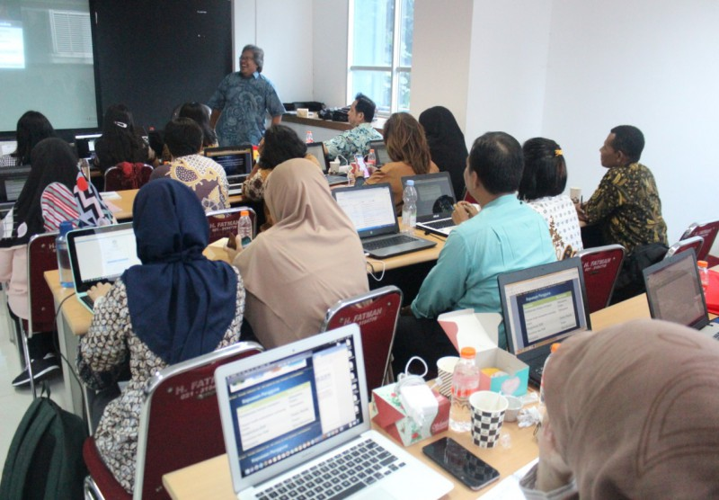 """WORKSHOP NASIONAL - Strategi Sukses Lulus Akreditasi Prodi APS 4.0"""