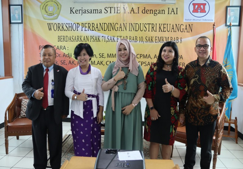 Workshop Perbandingan Industri Keuangan