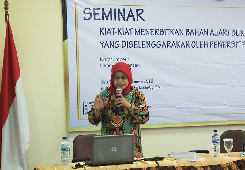 Kiat - Kiat Menerbitkan Buku Ajar Untuk Skala Nasional Dengan Penerbit RajaGrafindo Persada