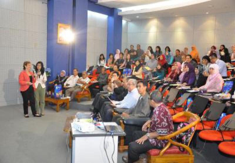 Seminar dan Launching Buku
